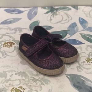 Cienta Girl's Purple Glitter Mary Janes - 6.5